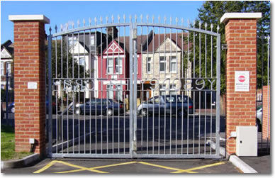 Commercial Gates & Automation | Automatic & Manual Swing Gates
